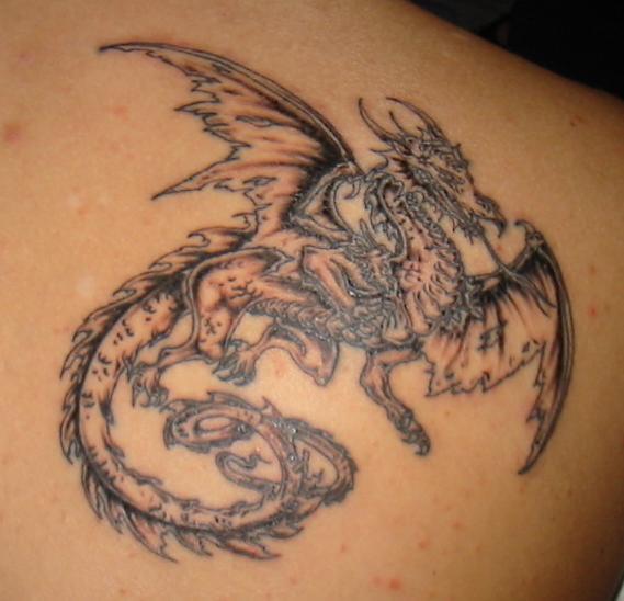 DRAGON... Mon tatoo